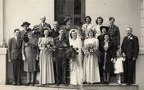 Hilda and Fred's Wedding group photo